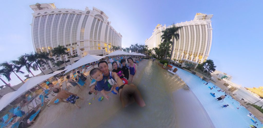 Swimming at the Galaxy Hotel Pool!