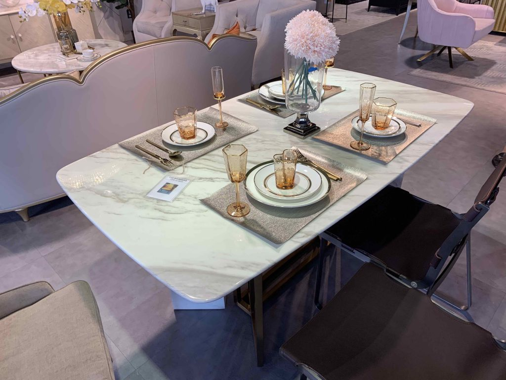 The table looks nice~ Real marble is expensive!